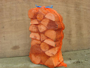 Picture large net hardwood logs